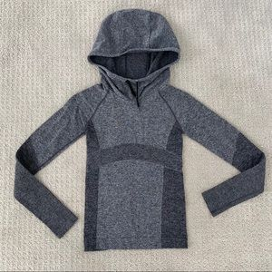 Titika Active Stretch Hooded Top